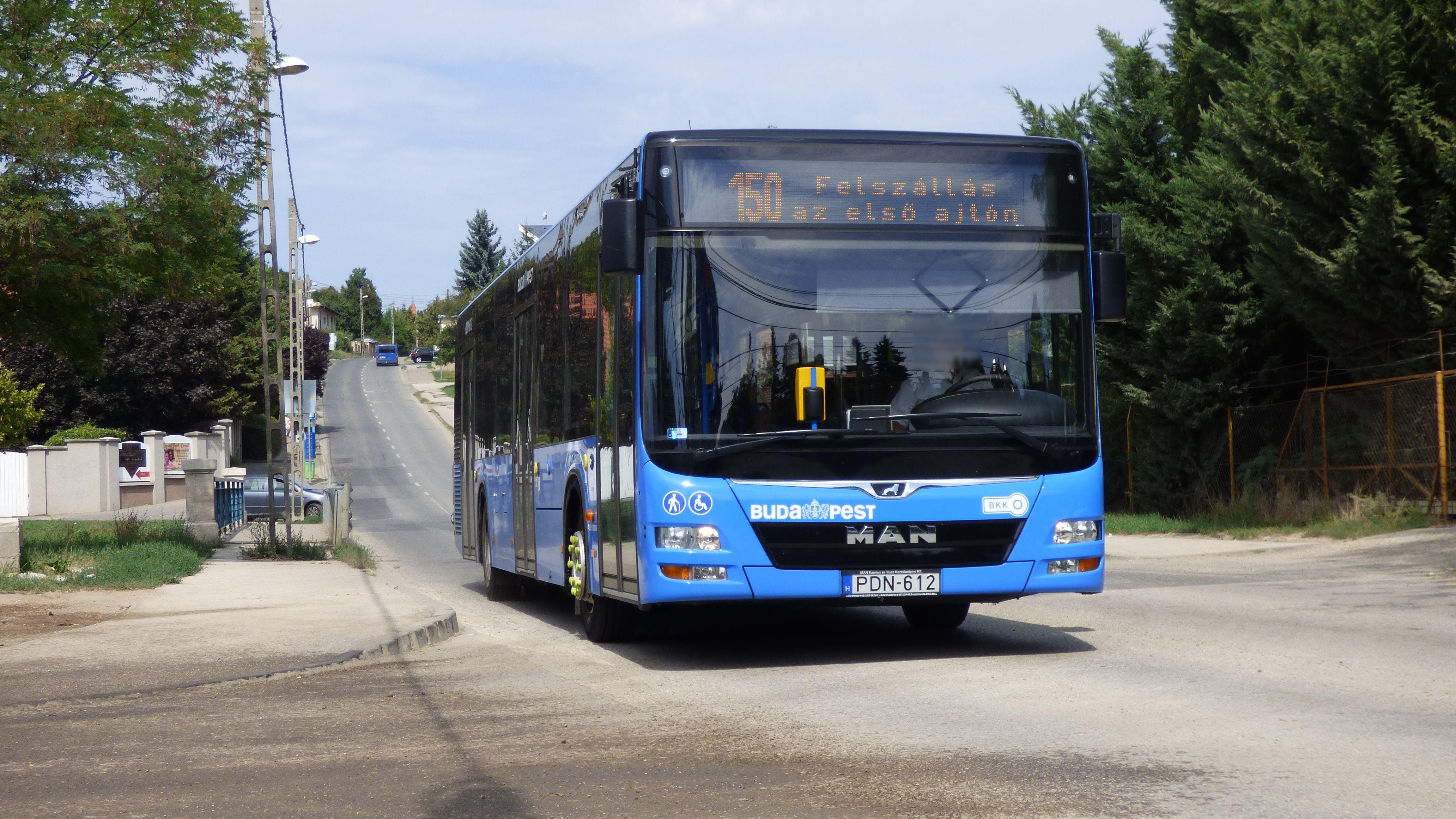 Kirúgták azt a sofőrt, aki részegen vezette a BKK- buszt