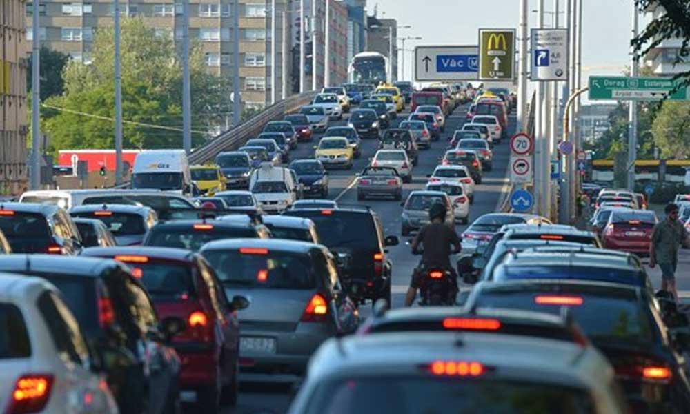 Vajon mit választanának a budapestiek? Kitiltanák az autókat a belvárosból vagy dugódíjat fizetnének?